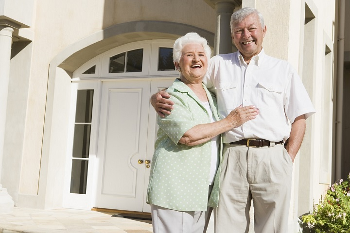 How to Talk to Your Parents About Downsizing